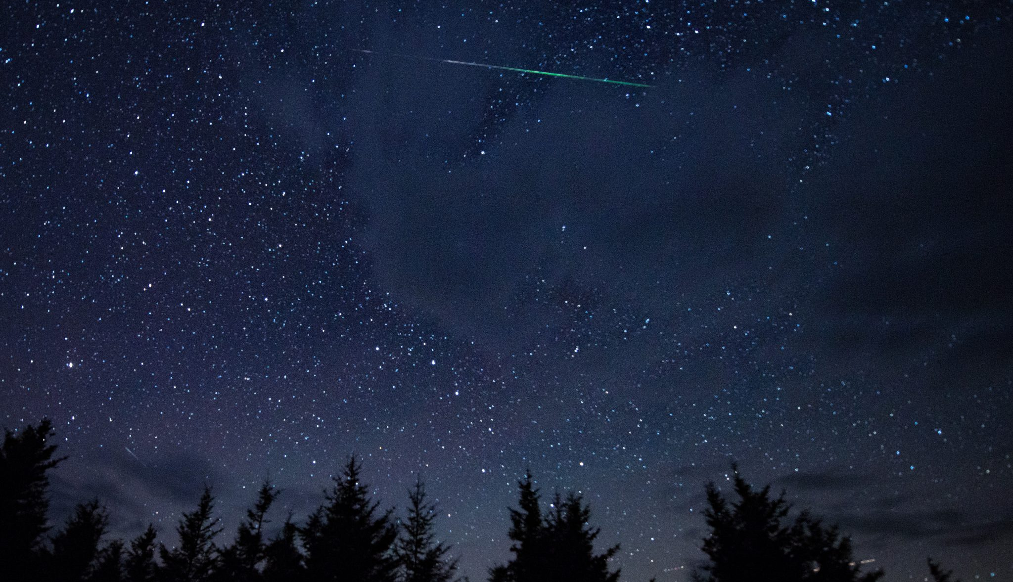 Image of the Perseid meteor shower.