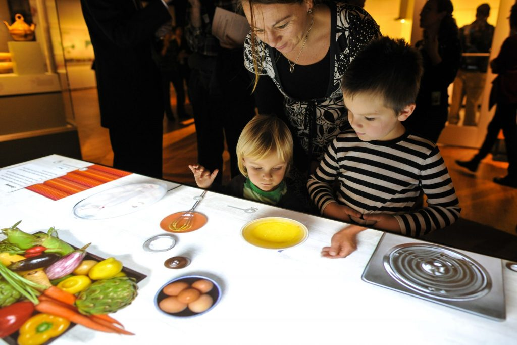 Interactive cooking table.