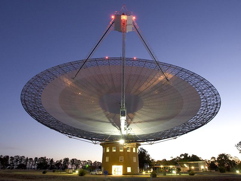 The Parkes Telescope