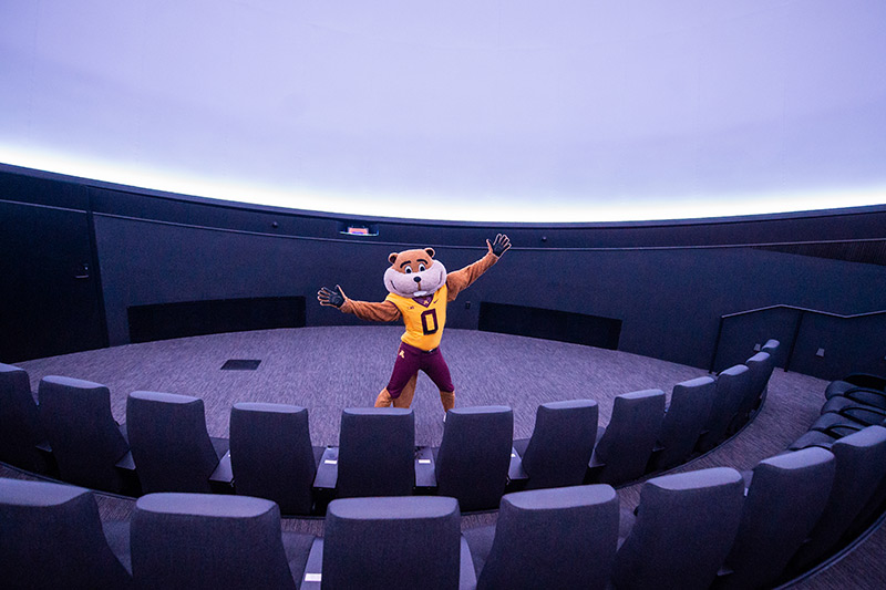 Goldy Gopher in the planetarium