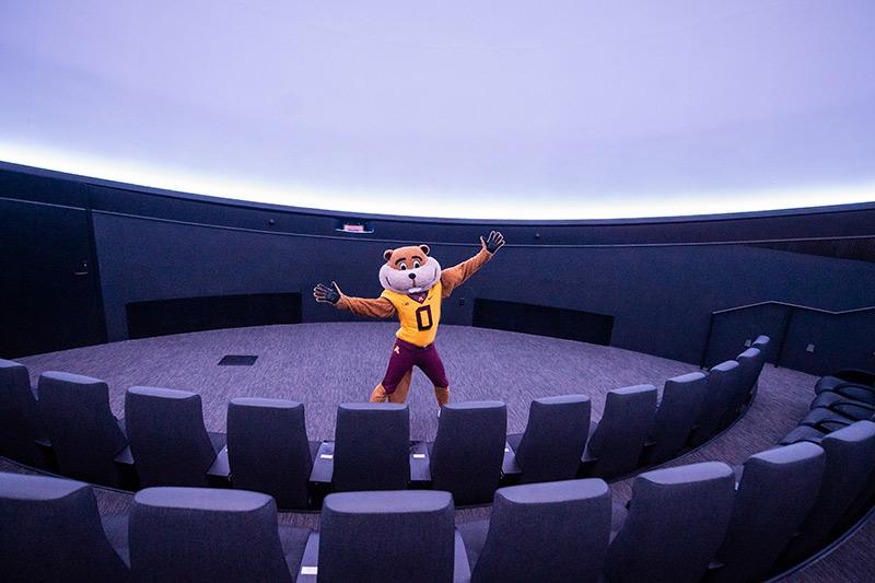 Goldy Gopher in the planetarium