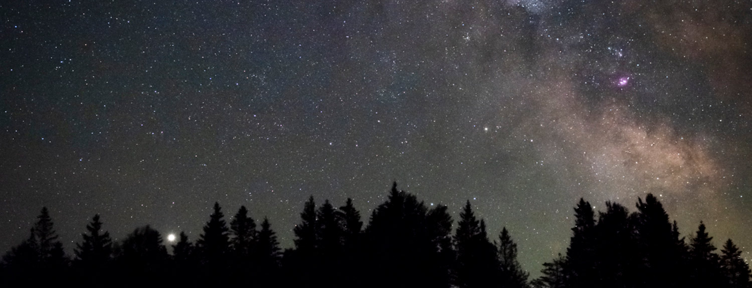 Jupiter shines in a starry sky